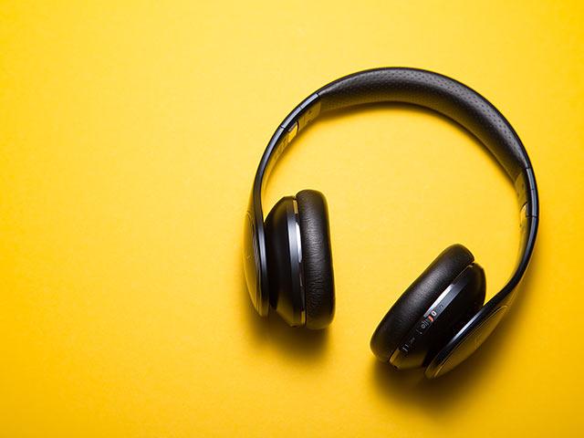 Lyssna på ljudboken Inte bara amen och halleluja